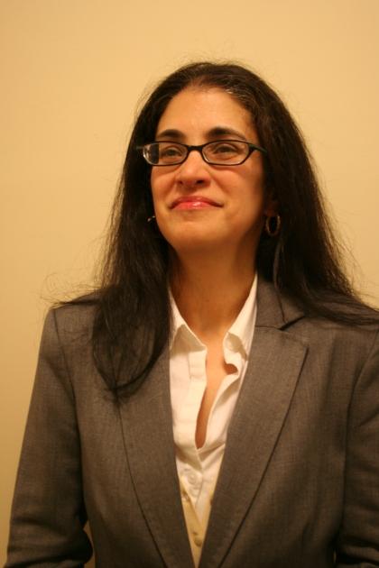 Lourdes Santiago headshot